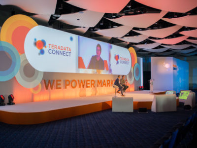The guest speakers on stage during the Teradata Connect 2016 Seminar